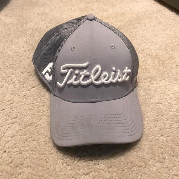 Titleist men's golf hat